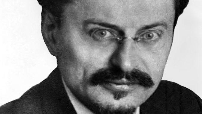 Lev Troçki