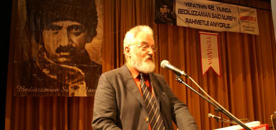 Tübingen Üniversitesi öğretim üyelerinden Prof. Albert Biesinger